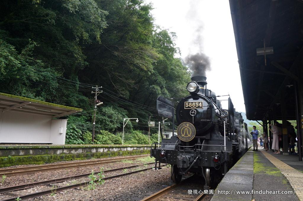 九州人氣觀光列車-SL人吉蒸汽火車